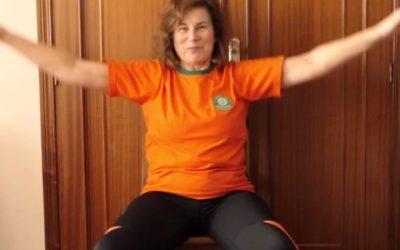Exercicios nunha cadeira por Ana Santos