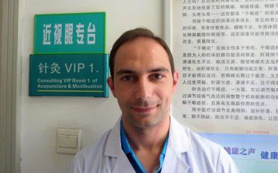 Entrevista a Lino Fernández, especialista en acupuntura e medicina tradicional China