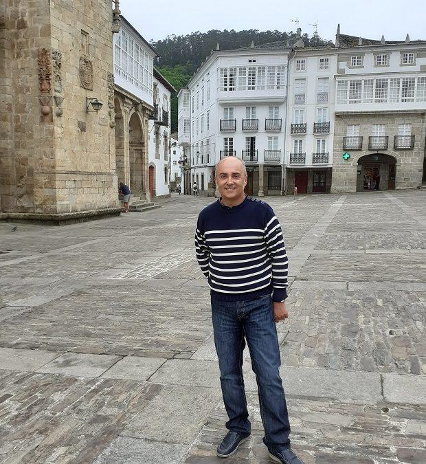 Antón Riveiro Coello por Charo Valcárcel – devellabella