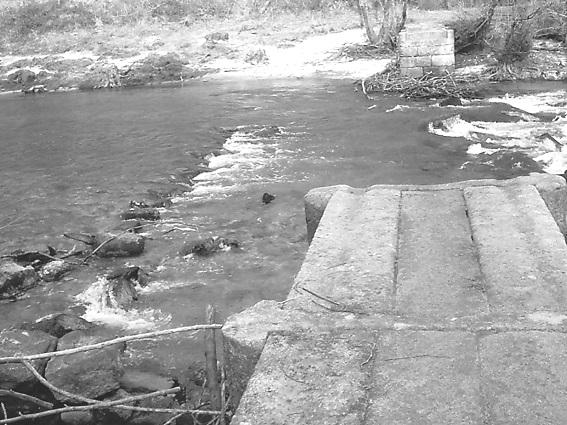 O río, os pasos e a cama de San Xoán por Xosé Casal